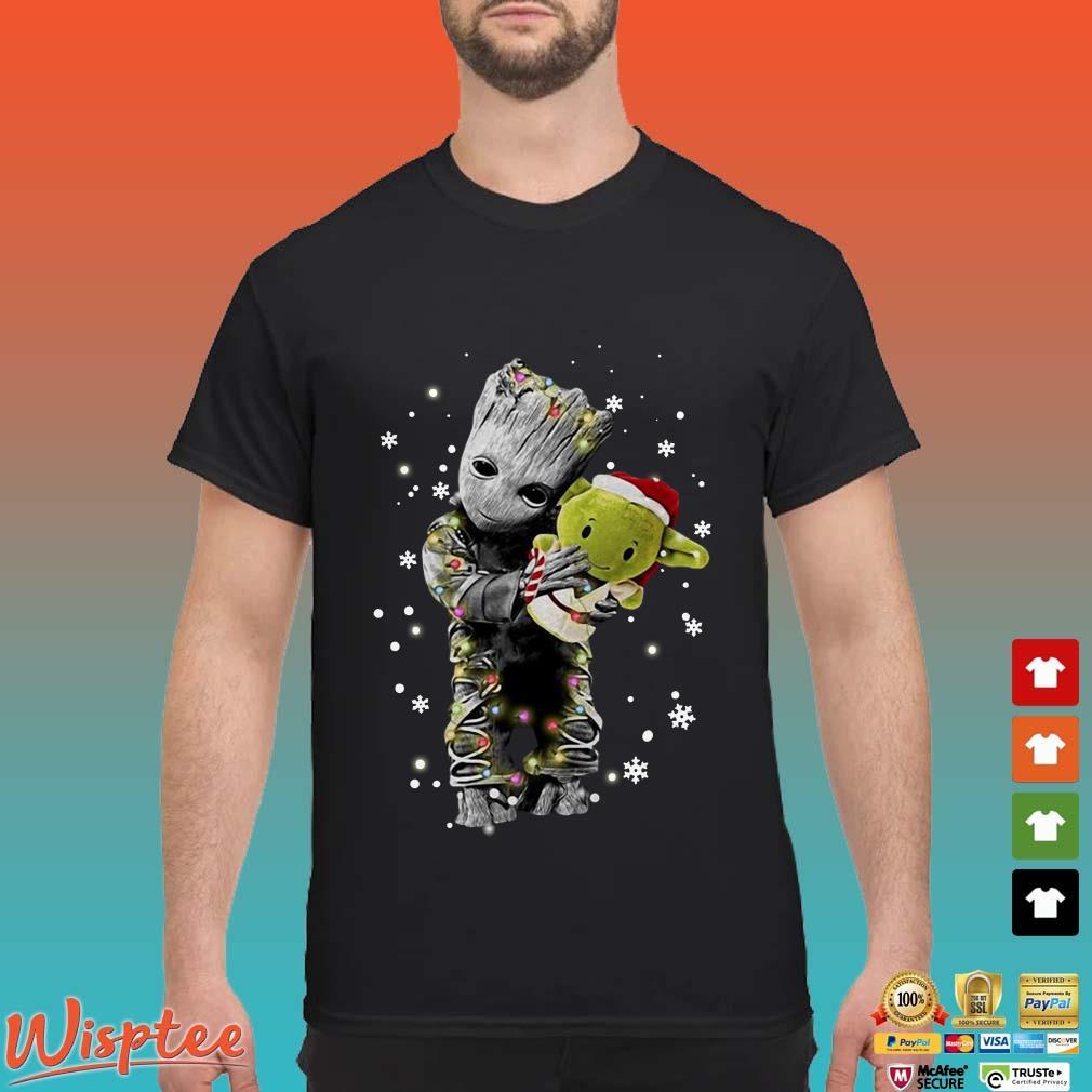Baby Groot hug baby Yoda Christmas Shirt